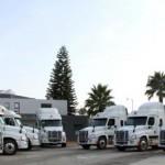 Daimler Trucks Mexico gewinnt den Logistikbetrieb für Spezialgüter UNNE Corporate als Neukunden für 50 individualisierte Freightliner Cascadia Lkw. Fotonummer: 12C1217_01 Dateigröße: 4,922 MB Dateigröße, niedrig: 0,014 MB Datum: 23.10.2012