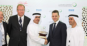 Nikolai von Schoepff, deutscher Botschafter der Vereinigten Arabischen Emirate mit den Vertragspartnern