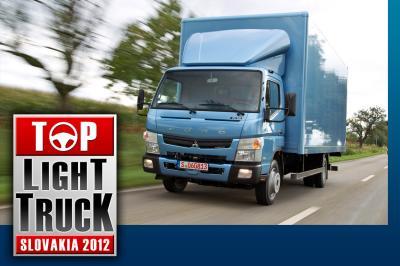 """Über 2200 Leser der slowakischen Zeitschrift Transport and Logistics wählten den Fuso Canter unter sieben nominierten Leicht-Lkw zum """"Top Light Truck Slovakia 2012"""". Fotonummer: 12A1266 Dateigröße: 0,521 MB Dateigröße, niedrig: 0,020 MB Datum: 20.11.2012"""