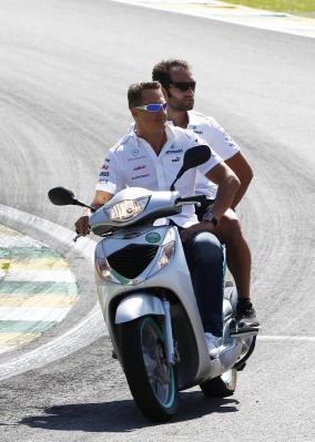 Formel 1 - MERCEDES AMG PETRONAS, Großer Preis von Brasilien, Sao Paulo. 23.-25.11.2012. Michael Schumacher Fotonummer: F12012BRAZIL_1347817 Dateigröße: 6,478 MB Dateigröße, niedrig: 0,021 MB Datum: 23.11.2012