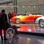 Internationaler Tag der Menschen mit Behinderung: Das Mercedes-Benz Museum: Barrierefrei für alle Fotonummer: 12A1335 Dateigröße: 1,202 MB Dateigröße, niedrig: 0,020 MB Datum: 28.11.2012