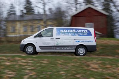 Mercedes-Benz Vito E-CELL: Übergabe von zwölf Elektro-Transportern in Finnland Fotonummer: 12A1094 Dateigröße: 3,218 MB Dateigröße, niedrig: 0,018 MB Datum: 16.11.2012