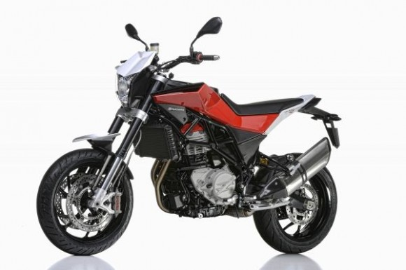 New Nuda 900 ABS and Nuda 900 R ABS (09/2012)