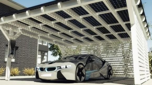 The SOLARWATT Carport feeds solar energy directly into the BMW i Wallbox