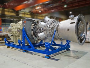 The new MGT 6100 single-shaft gas turbine before being put through its paces on the test bench in Oberhausen.
