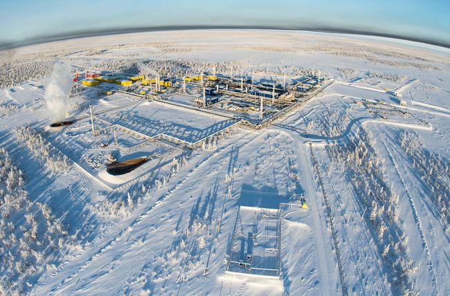 Achimgaz continues to produce gas despite the freezing temperatures of minus 50 degrees in Novy Urengoy