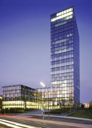 STRABAG Property and Facility Services GmbH signs for the management of Süddeutsche Verlag's main offices in Munich
