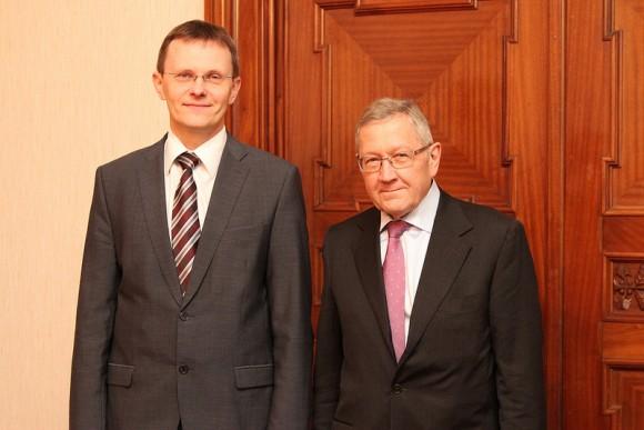 Andris Vilks Latvian Finance Minister & Klaus Regling, Managing Director of ESM