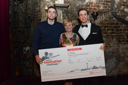 """Dominik Benger and Daren Perincic from Croatia, here with their mentor Helena Grahovac, are the winners of this year's """"Henkel Innovation Challenge""""."""