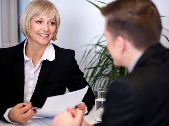 Qualified to be the boss? The selection of leaders is determined by many sterotypes. (Photo: stockyimages / Fotolia.com)