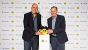 Ulrich Schumacher, CEO of the Zumtobel Group, (left) and the Chairman of the Board of the Borussia Dortmund management company, Hans-Joachim Watzke, announced the partnership yesterday in Dortmund, in the context of the 2014 DFL Super Cup.