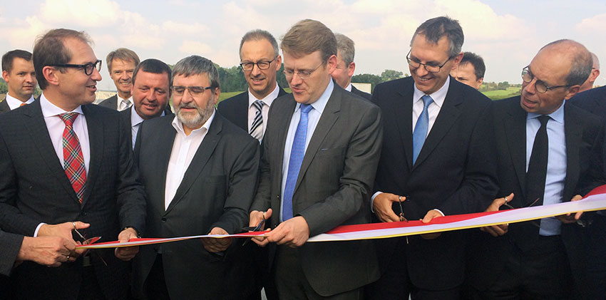 VINCI: Opening of first German motorway project involving remuneration based on availability for traffic known as V-Modell contract