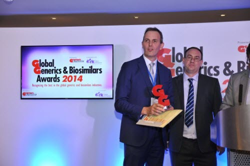 Nick Haggar, Head of Commercial Operations Western Europe, Middle East & Africa, receives the award on behalf of Sandoz