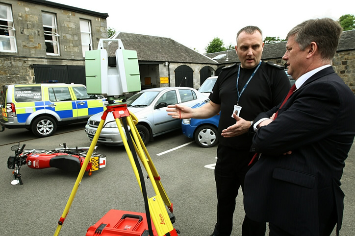 Police Scotland will use the Leica ScanStation P20 for collision documentation. The point cloud data obtained help to investigate accidents and to open roads quickly after the crash to reduce congestion.