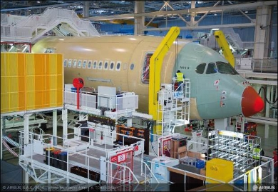 The first A350-900 for Finnair is taking shape in the Roger Béteille Final Assembly Line (FAL) in Toulouse, France. (c) Airbus