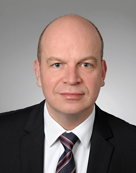 Effective 1 July 2015, Dr. Matthias Metz will become a new Member of the Executive Board of the ZEISS Group.