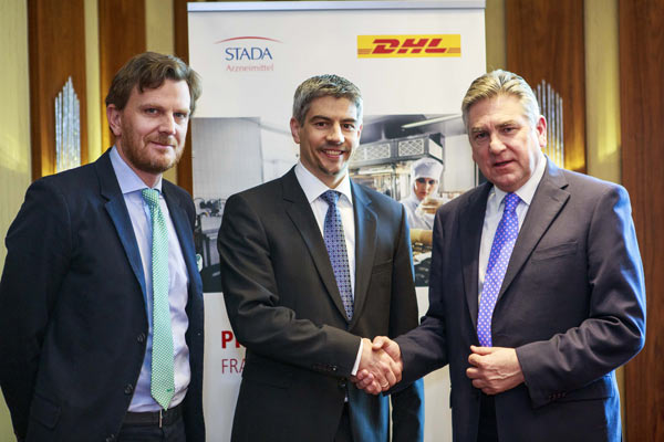 From left to right: Benoit Dumont, Alps & Nordics, DHL Supply Chain; Dr. Matthias Wiedenfels, STADA; Graham Inglis, Global Life Sciences & Healthcare, DHL Supply Chain