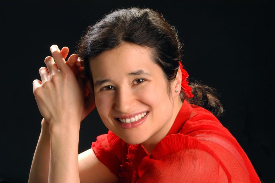 Kimiko Ishizaka, pianist