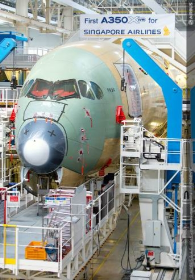 Singapore Airlines' first A350 XWB at the Airbus final assembly line (c) Airbus