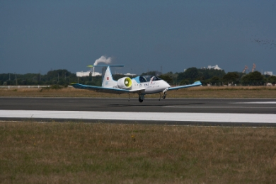 The E-Fan technology demonstrator landing at Calais-Dunkerque Airport after completing historic Channel crossing