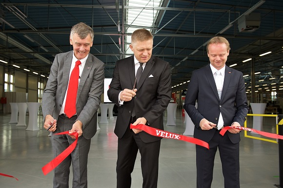 Slovakia Prime Minister Fico opened two new production halls at the VELUX Group's factory in Partizánske