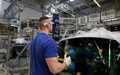 Volkswagen to use 3D smart glasses for order picking at Wolfsburg plant