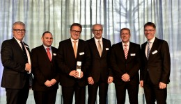 """ZF Friedrichshafen AG recognizes 14 of its suppliers with the """"ZF Supplier Awards"""""""