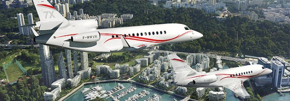 Dassault Aviation presents Falcon 7X trijet and the Falcon 2000LXS twin at the Singapore Airshow