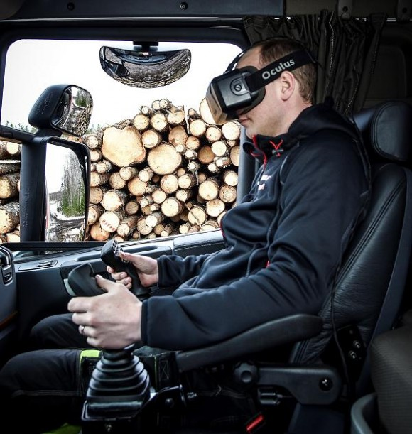 Hiab introduces new system to operate the crane remotely using virtual reality goggles