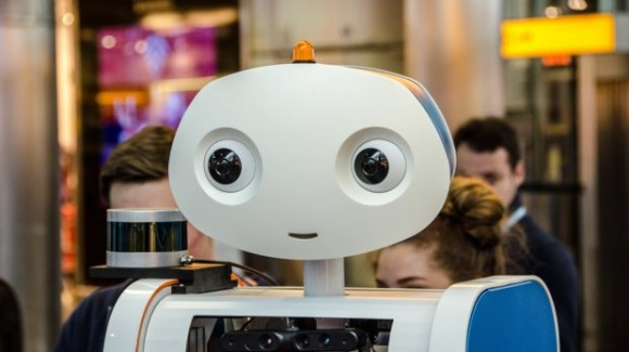 University of Twente robot guided KLM passengers to the right gate at Schiphol airport for the first time