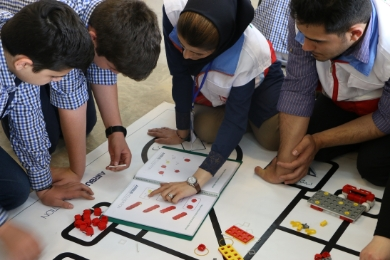 The Airbus Foundation and the Iranian Red Crescent Society launch initiative to train students in robotics and resilience techniques