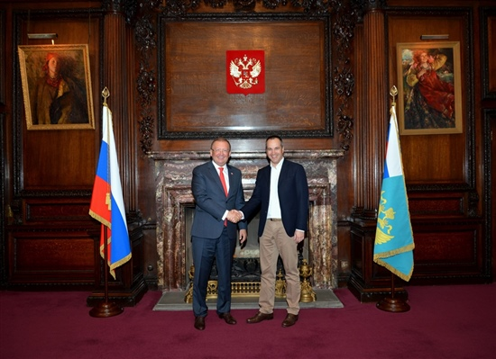 The Russian Ambassador to the UK Alexander Vladimirovich Yakovenko meets Igor Bobachev, EVP, IT Cluster Skolkovo Foundation at the Russian embassy in the UK