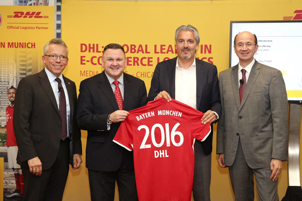 From left to right: Thomas Kipp, EVP, Strategy & Business Development, Post - eCommerce - Parcel, Charles Brewer, CEO, DHL eCommerce, Jörg Wacker, Board member Internationalisation and Strategy, FC Bayern, Christof Ehrhart, EVP, Corporate Communications and Corporate Responsibility, Deutsche Post DHL Group