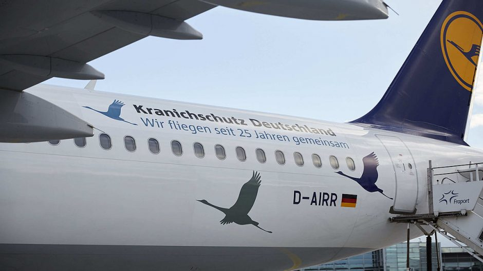 "Lufthansa's ""Wismar"" aircraft with special design for the 25th anniversary of Crane Protection Germany"