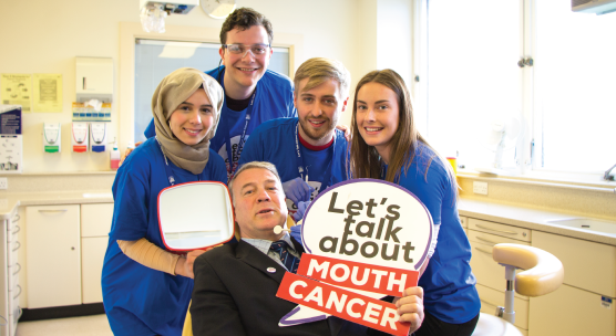University of Dundee students and Scottish rugby legend Scott Hastings to raise awareness of mouth cancer