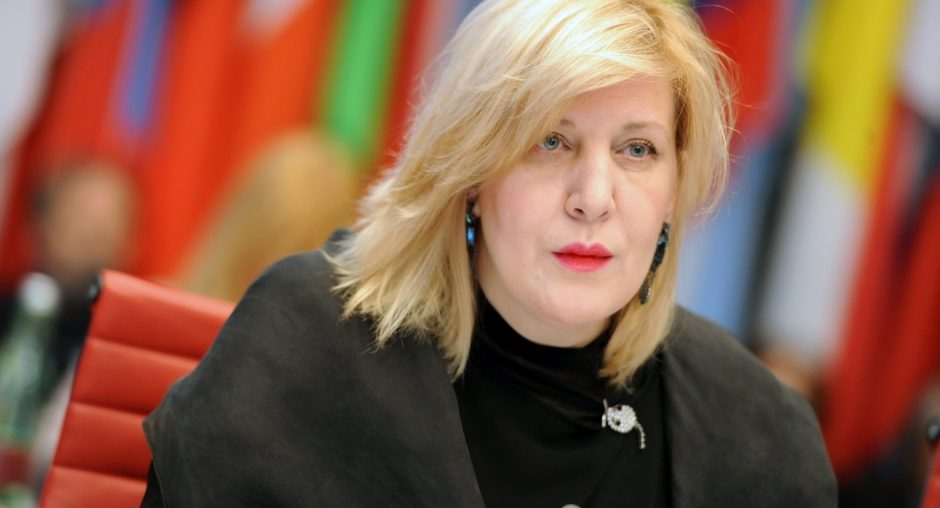 The OSCE Representative on Freedom of the Media, Dunja Mijatović, presenting her regular report at the OSCE Permanent Council, 26 November 2015. (OSCE)