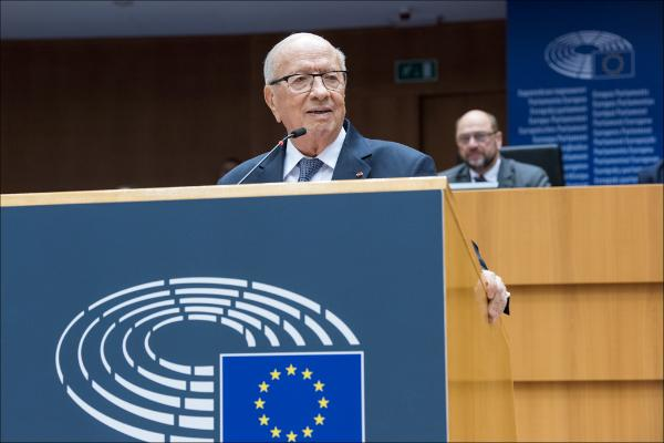 Mohamed Beji Caid Essebsi addressing the European Parliament