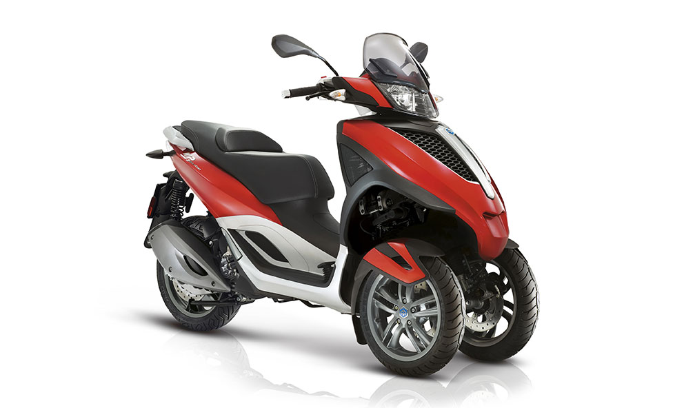 piaggio mp3 the world s first 3 wheel scooter. Black Bedroom Furniture Sets. Home Design Ideas