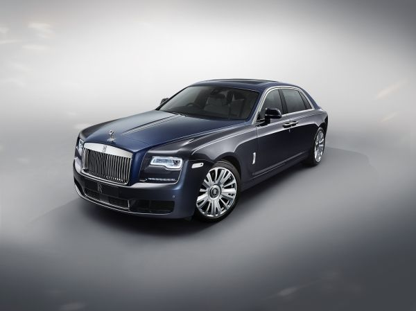 What Car Magazine Names The Rolls Royce Ghost Extended Wheelbase