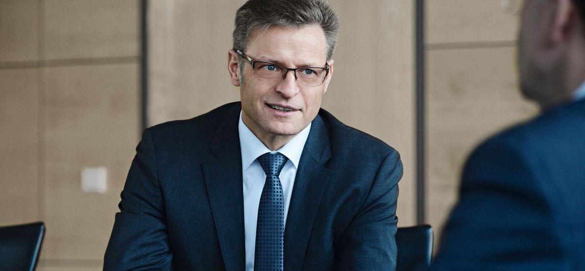 Horst Binnig to leave Rheinmetall Automotive AG and the Group holding company Rheinmetall AG