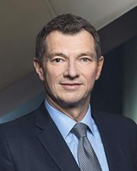 Michael Spiegel joins StandardChartered from Deutsche Bank