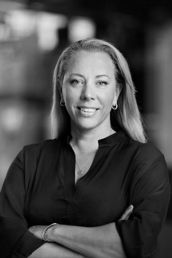 """Anna Mossberg leder Nordens största privata AI-lab i Sverige: """"Utan AI riskerar svenska företag att förlora sin konkurrensfördel."""""""